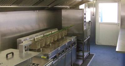 volume-productie-van-frites-met-bulkfriteuse