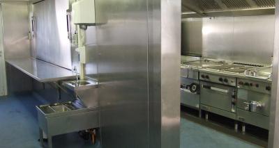 Mobiele-keuken-huren-voor-catering-bij-beurzen-en-tentoonstellingen